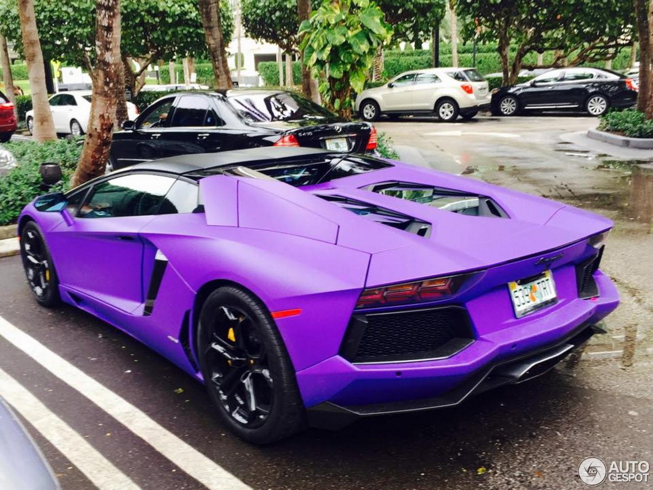 2 i lamborghini aventador lp700 4 roadster 2 - Lamborghini Aventador Chrome Purple