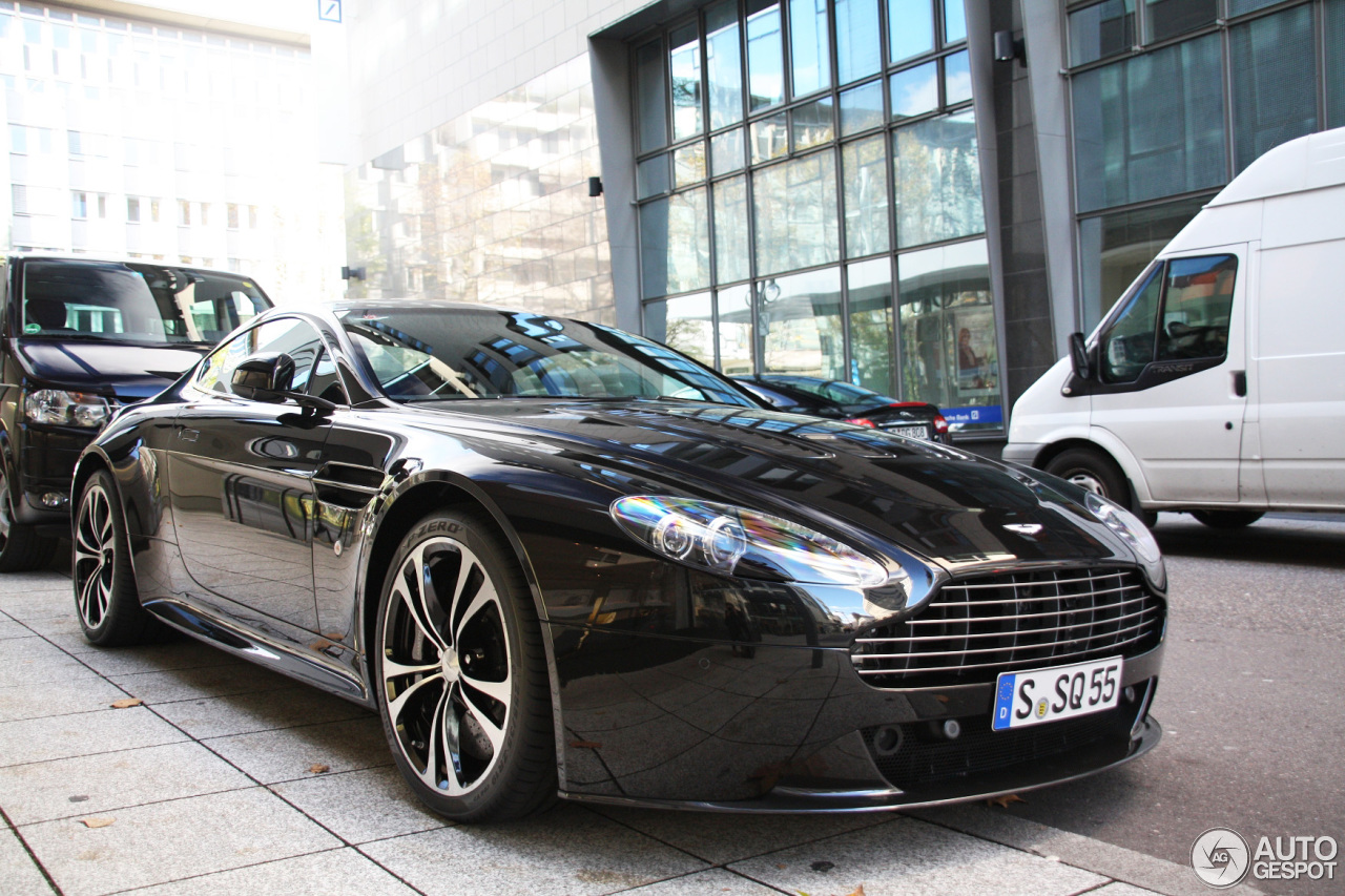 Aston Martin V12 Vantage Carbon Black Edition - 14 January ...