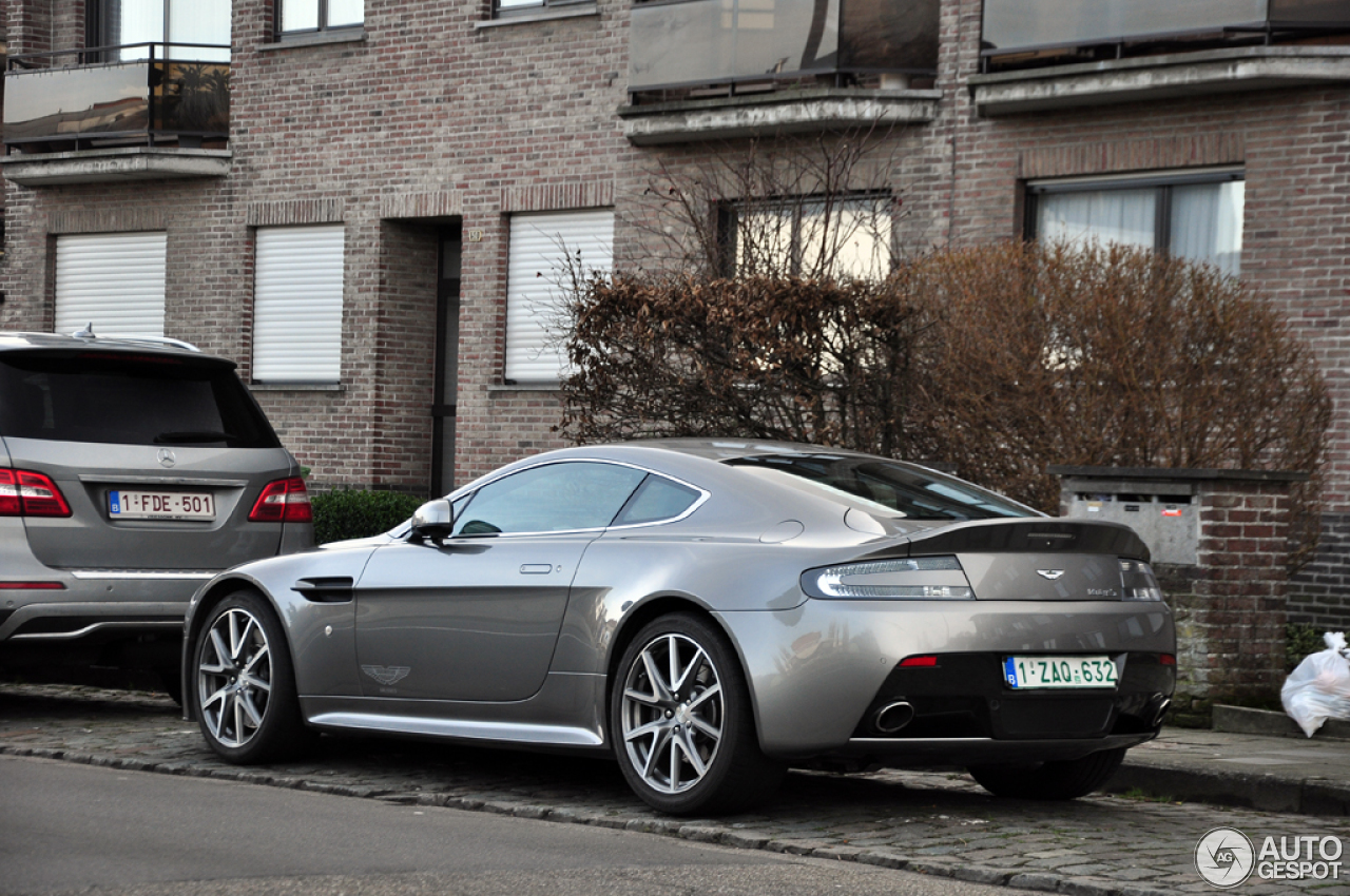 aston martin v8 vantage s 29 january 2014 autogespot. Black Bedroom Furniture Sets. Home Design Ideas