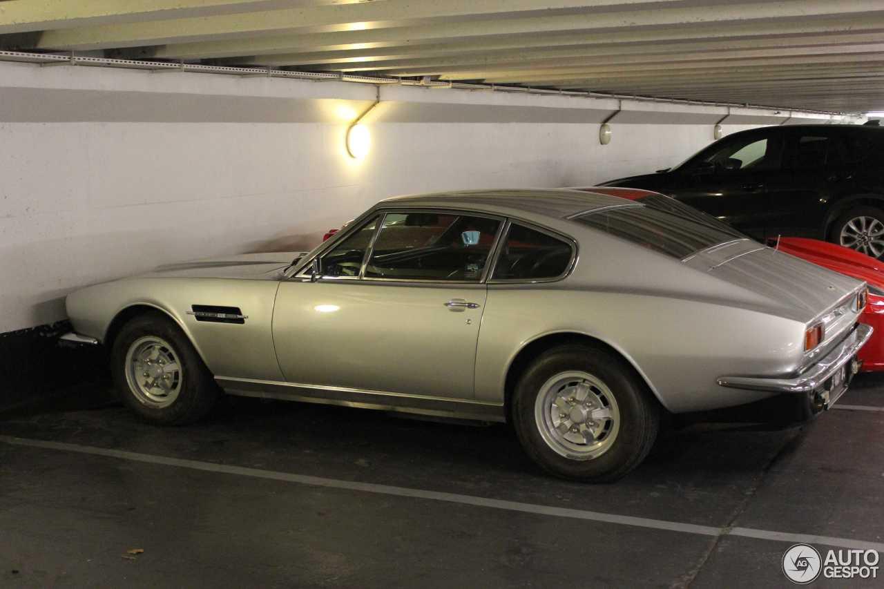 Aston Martin Dbs V C