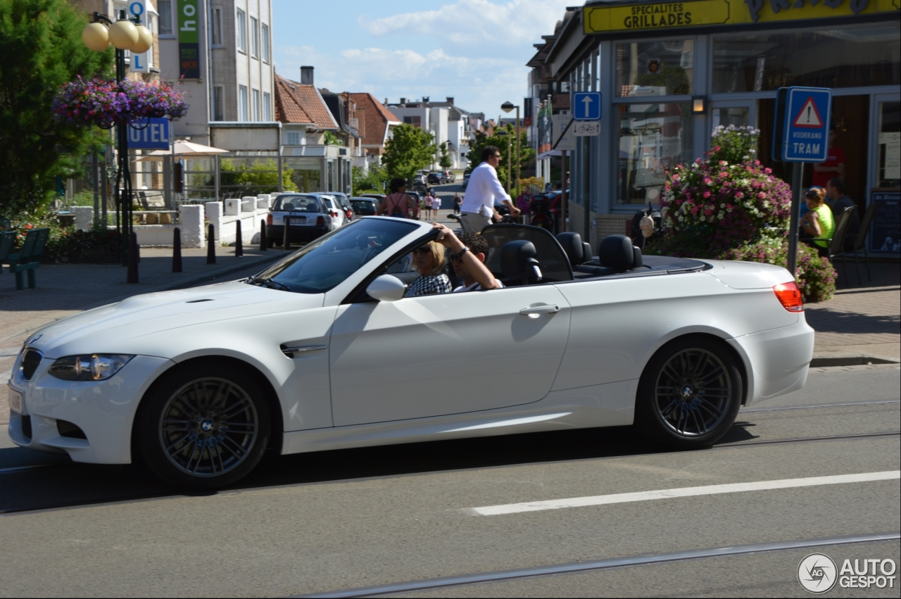 bmw m3 e93 cabriolet 7 fvrier 2014 autogespot. Black Bedroom Furniture Sets. Home Design Ideas