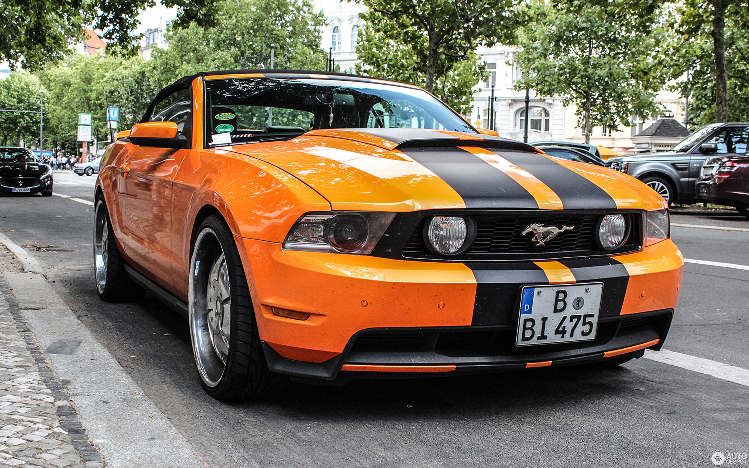 ford mustang gt convertible 2010 14 february 2014 autogespot. Black Bedroom Furniture Sets. Home Design Ideas