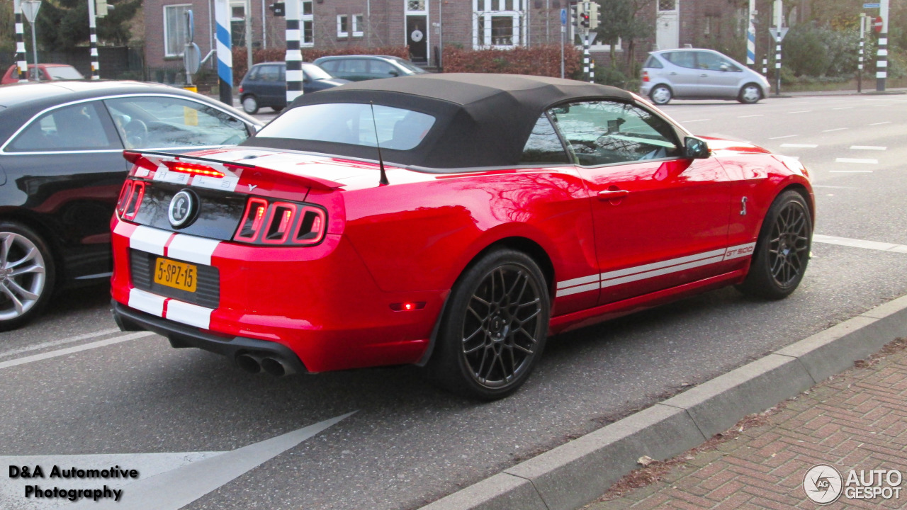 ford mustang shelby gt500 convertible 2014 19 februari. Black Bedroom Furniture Sets. Home Design Ideas