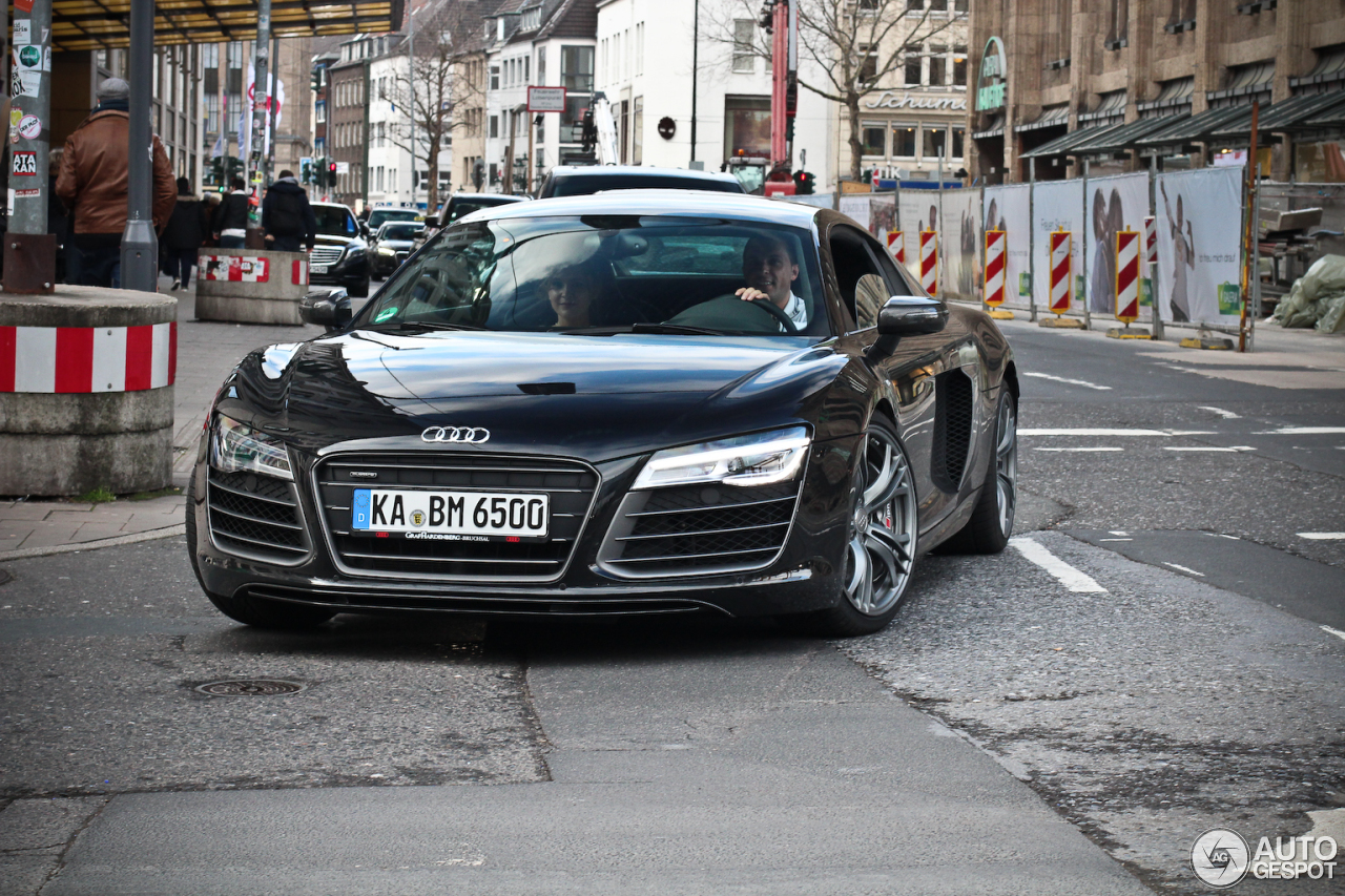 Audi R8 V10 Plus 2013 22 February 2014 Autogespot