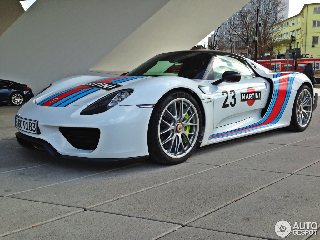 Porsche 918 Spyder Weissach Package 1 March 2014
