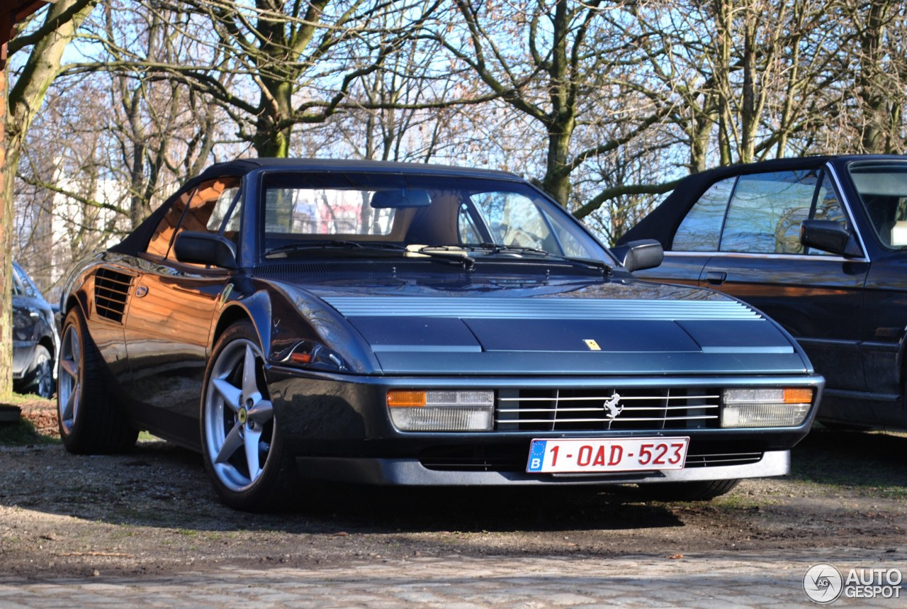 ferrari mondial 3 2 cabriolet 2 maart 2014 autogespot. Black Bedroom Furniture Sets. Home Design Ideas