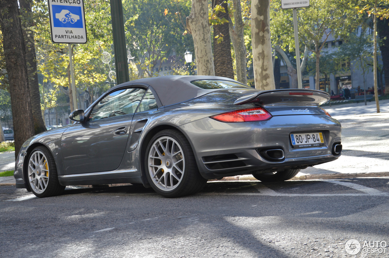 porsche 997 turbo s cabriolet 5 march 2014 autogespot. Black Bedroom Furniture Sets. Home Design Ideas