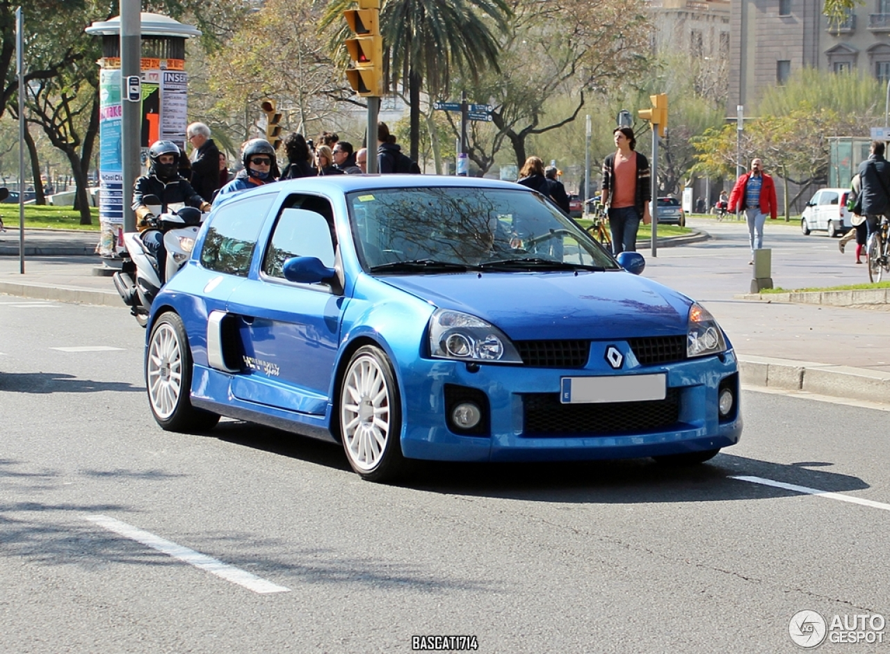 renault clio v6 phase ii 8 mars 2014 autogespot. Black Bedroom Furniture Sets. Home Design Ideas