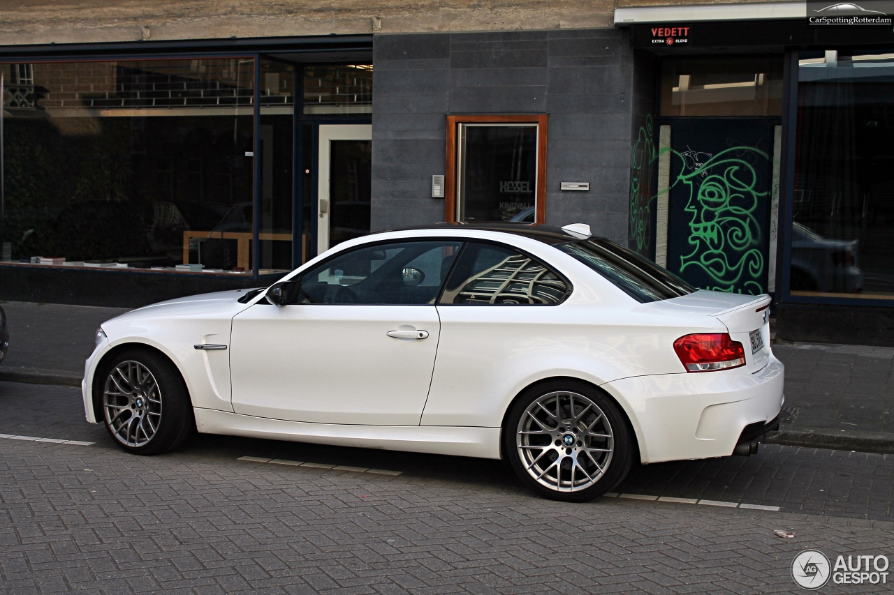 bmw 1 series m coup 10 maart 2014 autogespot. Black Bedroom Furniture Sets. Home Design Ideas