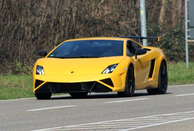 Lamborghini Gallardo LP570-4 Squadra Corse