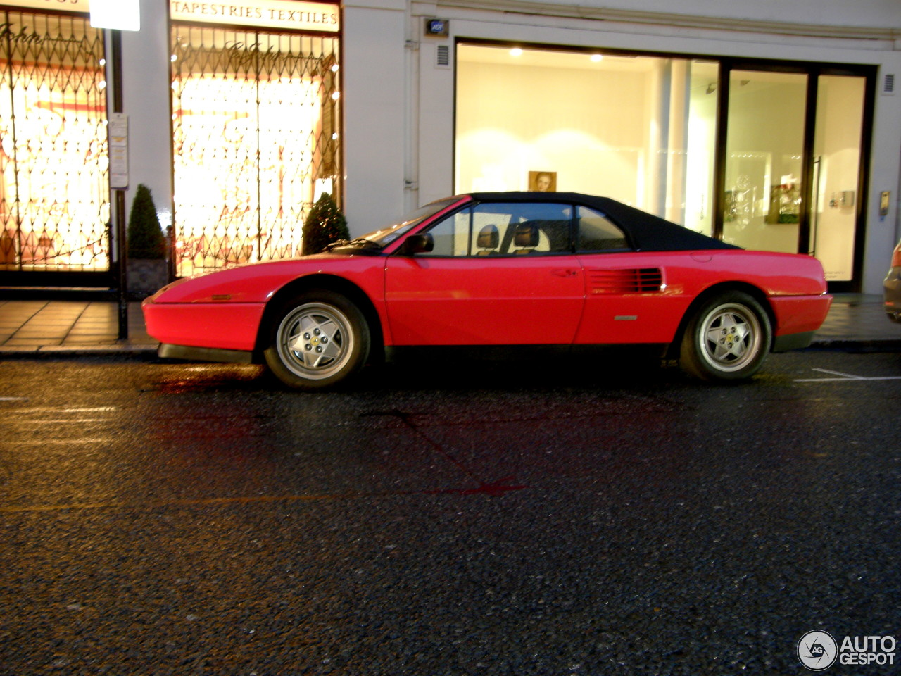 ferrari mondial t cabriolet 20 mars 2014 autogespot. Black Bedroom Furniture Sets. Home Design Ideas