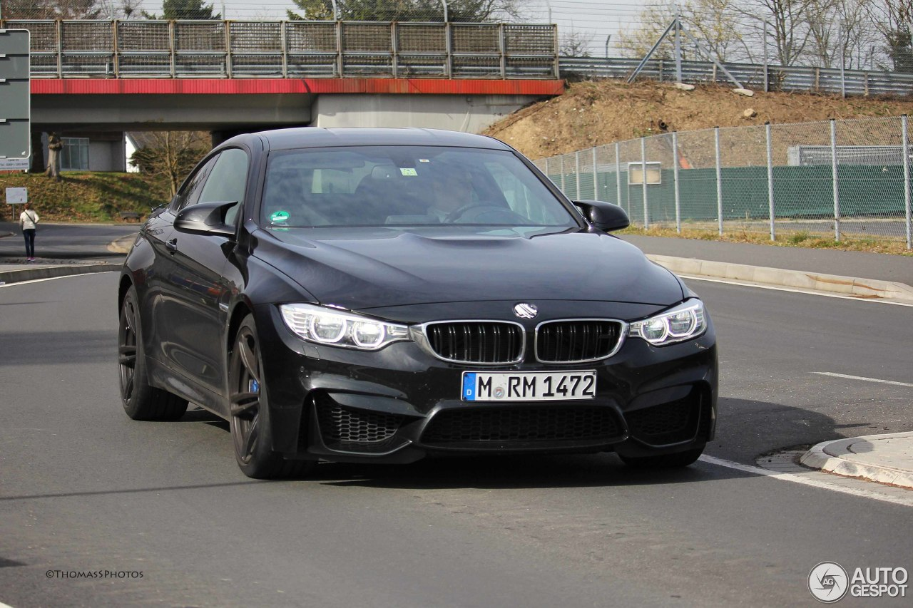 bmw m4 f82 coup 21 mrz 2014 autogespot. Black Bedroom Furniture Sets. Home Design Ideas