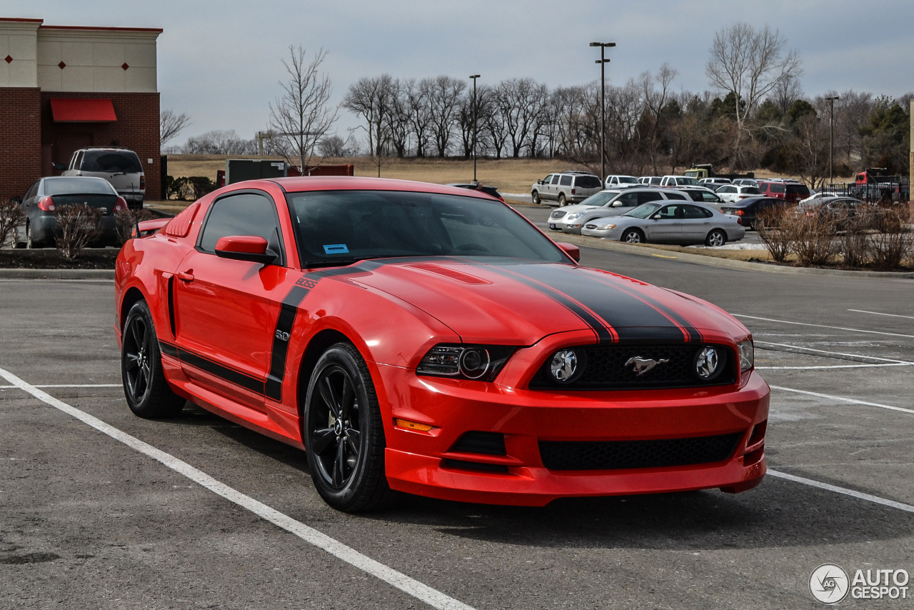 ford mustang boss 302 2013 21 mrz 2014 autogespot. Black Bedroom Furniture Sets. Home Design Ideas