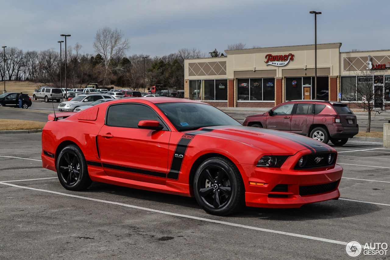 ford mustang boss 302 2013 21 march 2014 autogespot. Black Bedroom Furniture Sets. Home Design Ideas