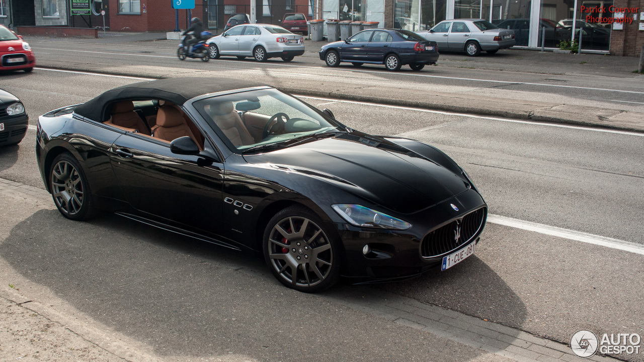 maserati grancabrio sport 29 march 2014 autogespot. Black Bedroom Furniture Sets. Home Design Ideas