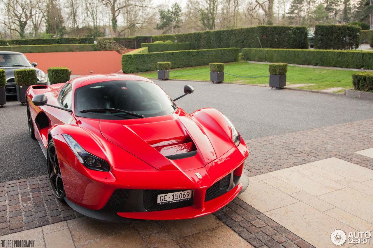 Ferrari LaFerrari - 5 April 2014 - Autogespot