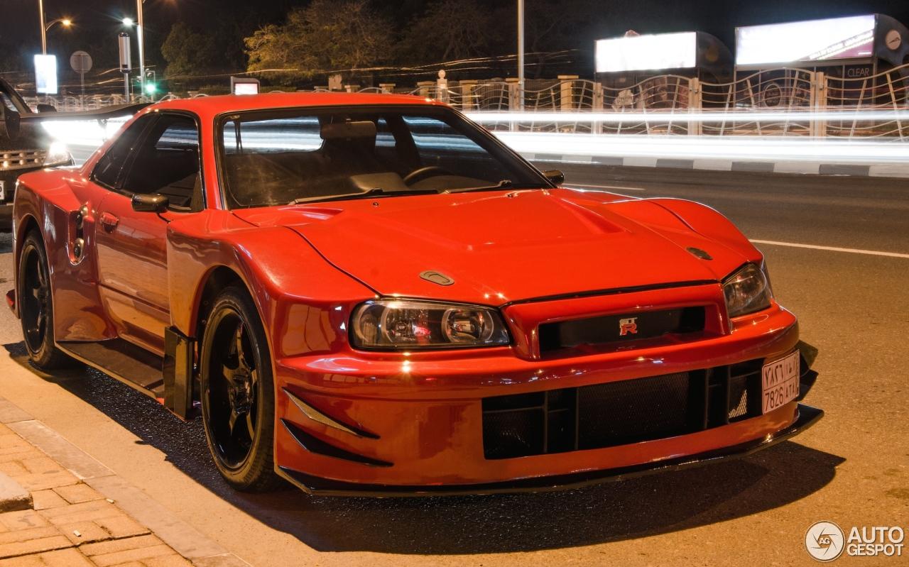 Nissan Skyline R34 GT-R V-Spec II Nür - 5 April 2014 - Autogespot