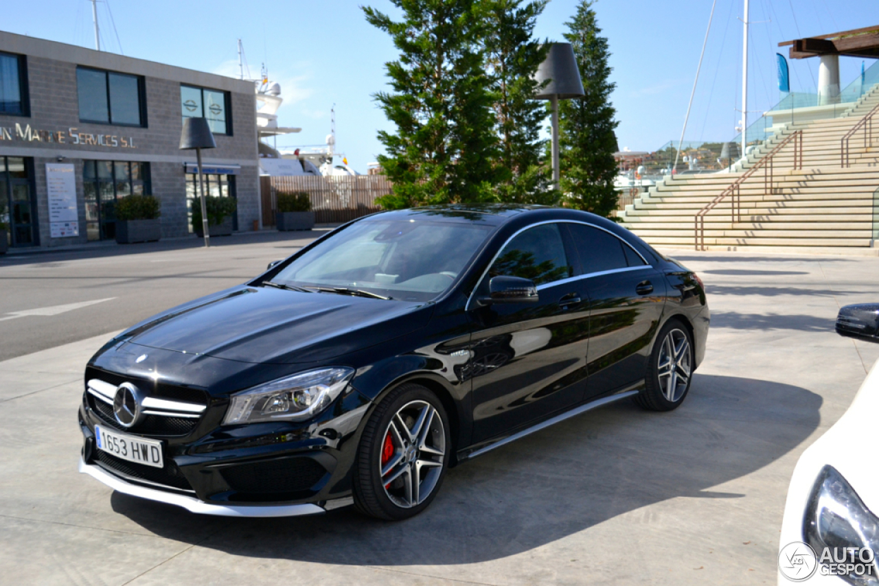 Mercedes Benz Cla 45 Amg C117 13 Abril 2014 Autogespot
