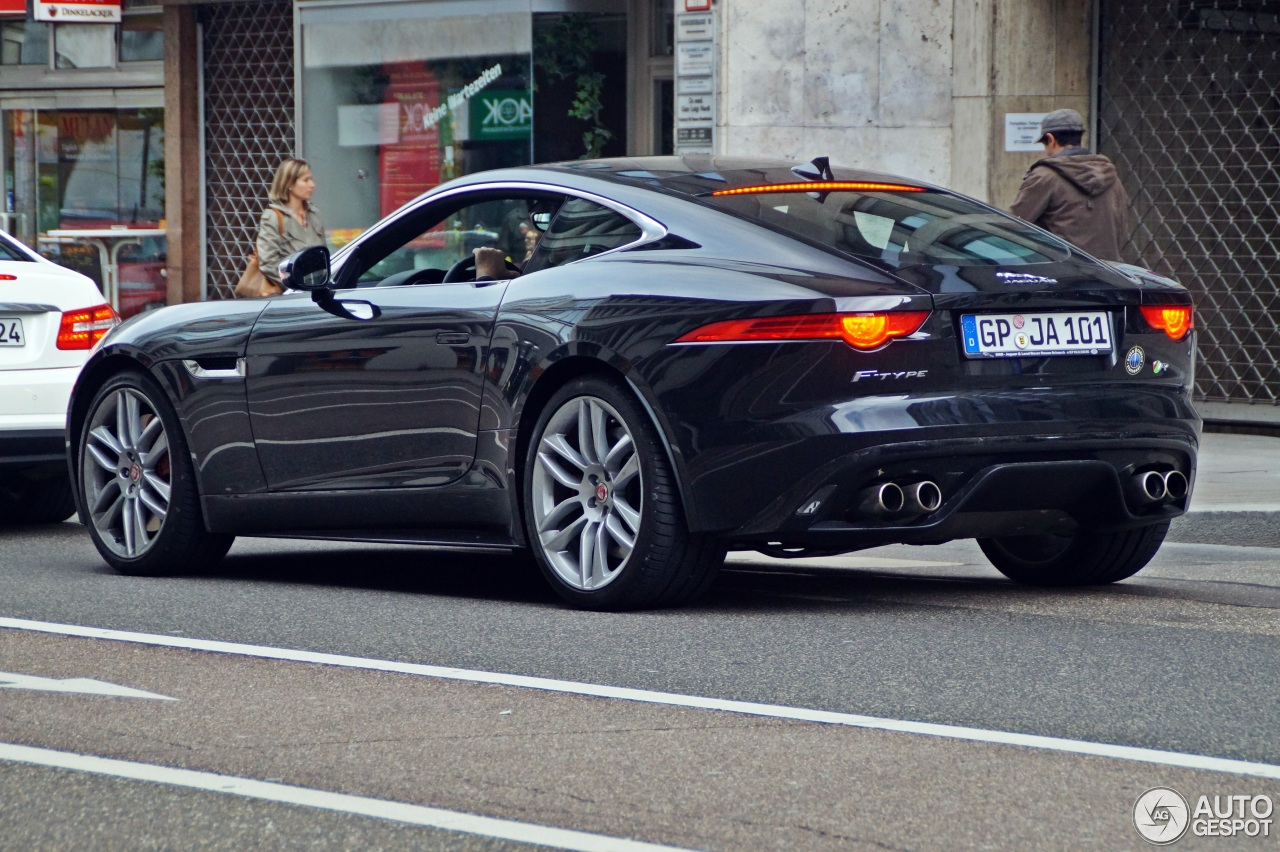 jaguar f type r coup 25 april 2014 autogespot. Black Bedroom Furniture Sets. Home Design Ideas