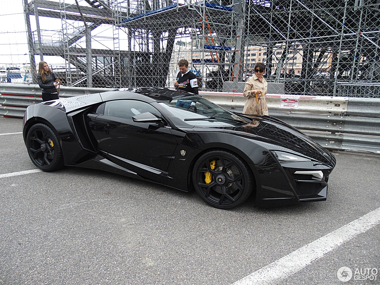 W Motors Lykan Hypersport 30 April 2014 Autogespot