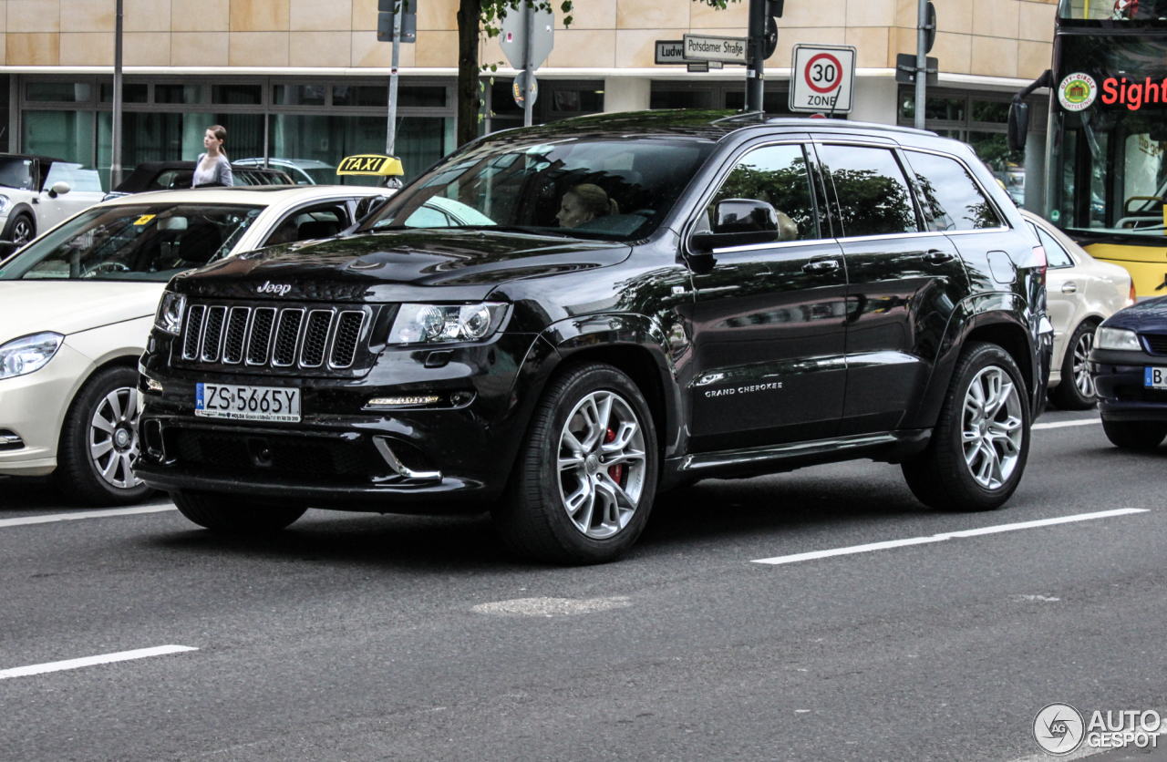 jeep grand cherokee srt 8 2012 19 mai 2014 autogespot. Black Bedroom Furniture Sets. Home Design Ideas