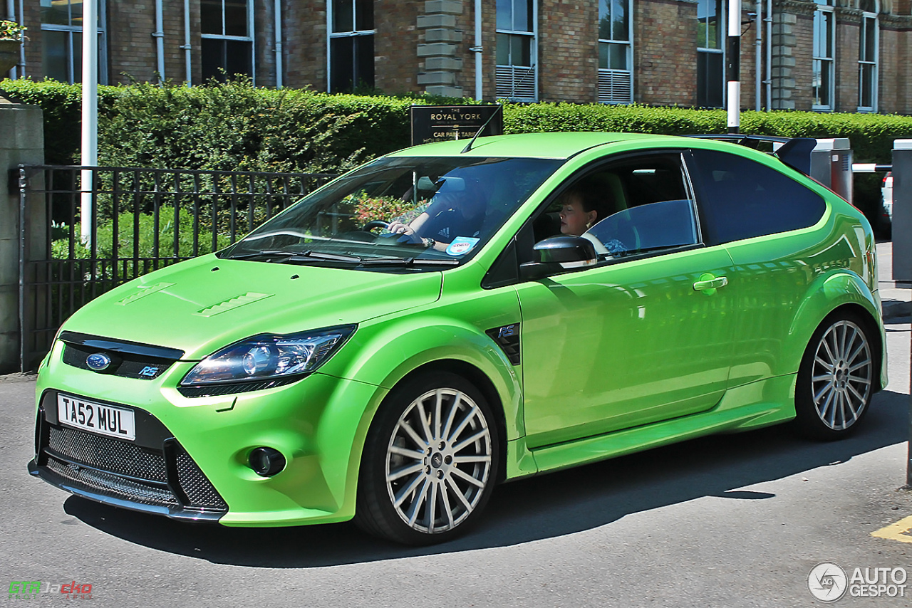 ford focus rs 2009 28 may 2014 autogespot. Black Bedroom Furniture Sets. Home Design Ideas
