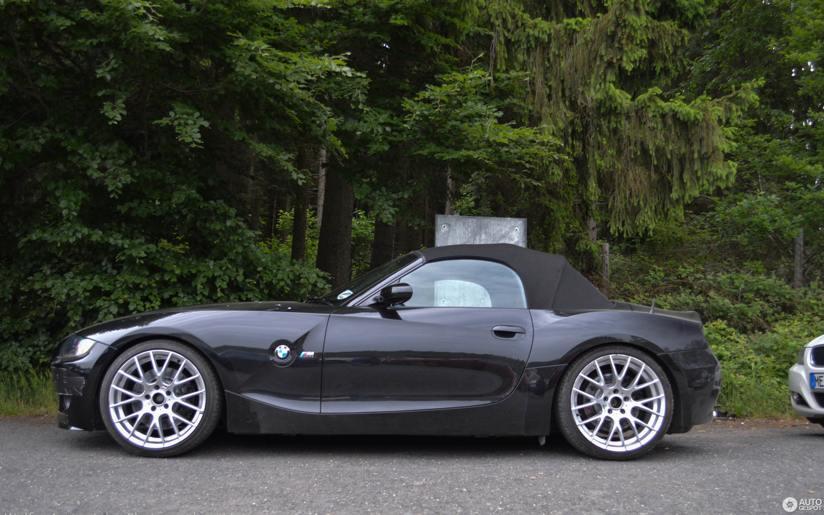 Bmw Z 60 Bmw Z4 M Roadster Review Price Specs And 0 60