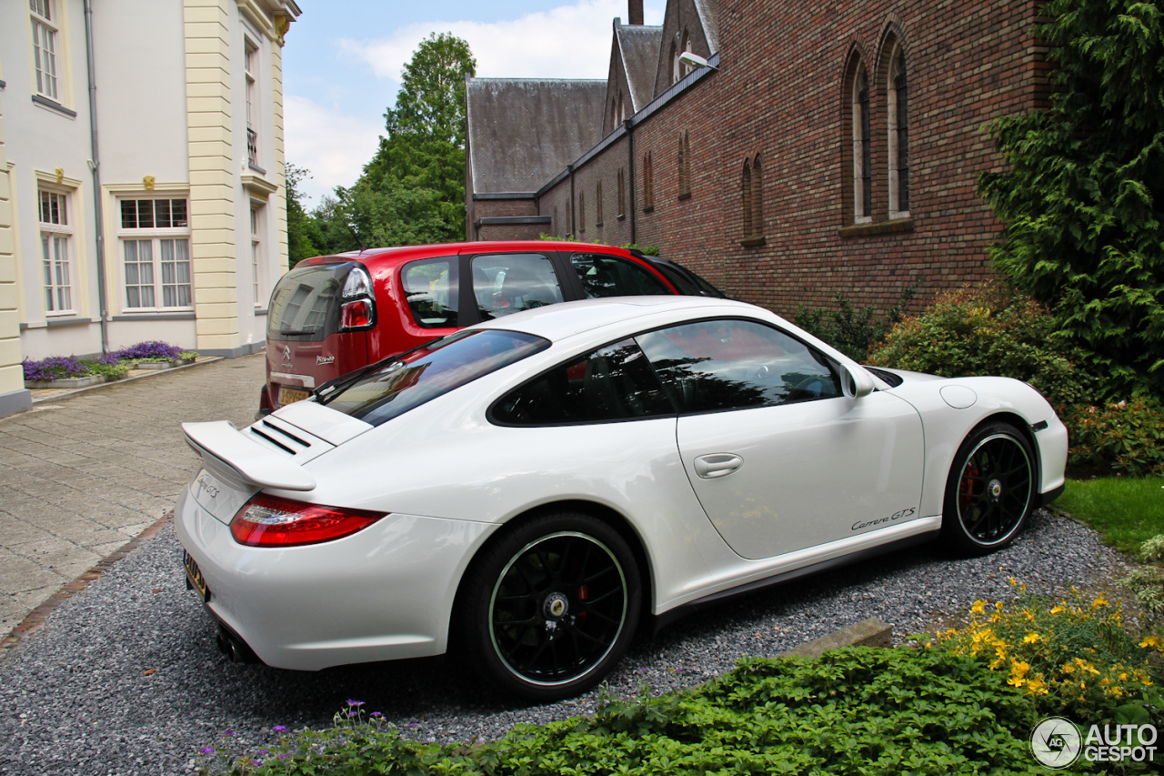 porsche 997 carrera gts 1 june 2014 autogespot. Black Bedroom Furniture Sets. Home Design Ideas
