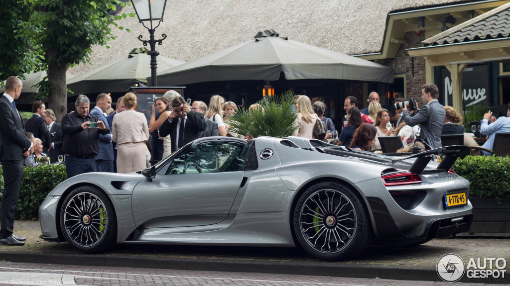 porsche 918 spyder weissach package 2 juli 2014 autogespot. Black Bedroom Furniture Sets. Home Design Ideas