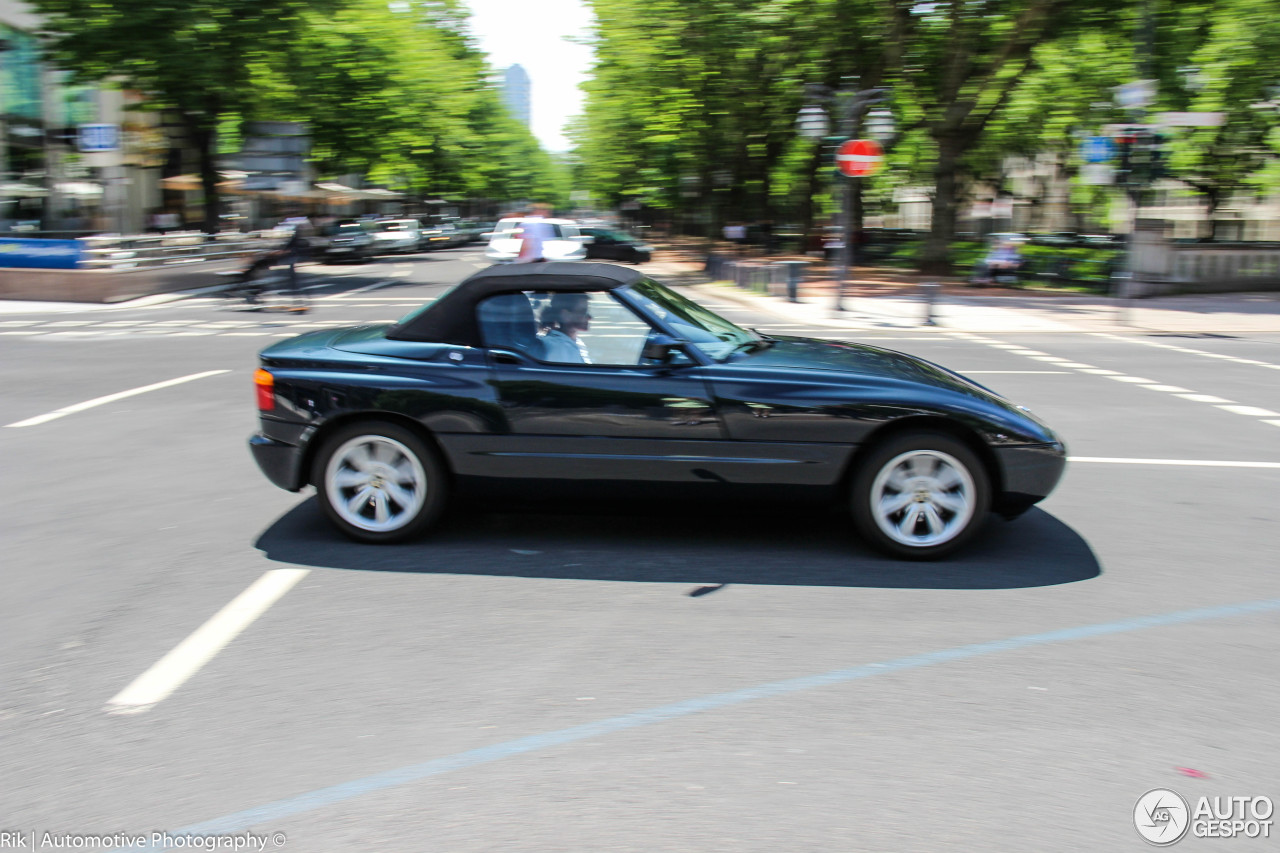 bmw z1 10 july 2014 autogespot. Black Bedroom Furniture Sets. Home Design Ideas