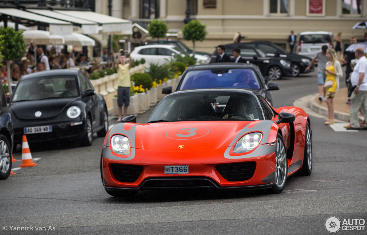 porsche 918 spyder weissach package 15 july 2014 autogespot. Black Bedroom Furniture Sets. Home Design Ideas