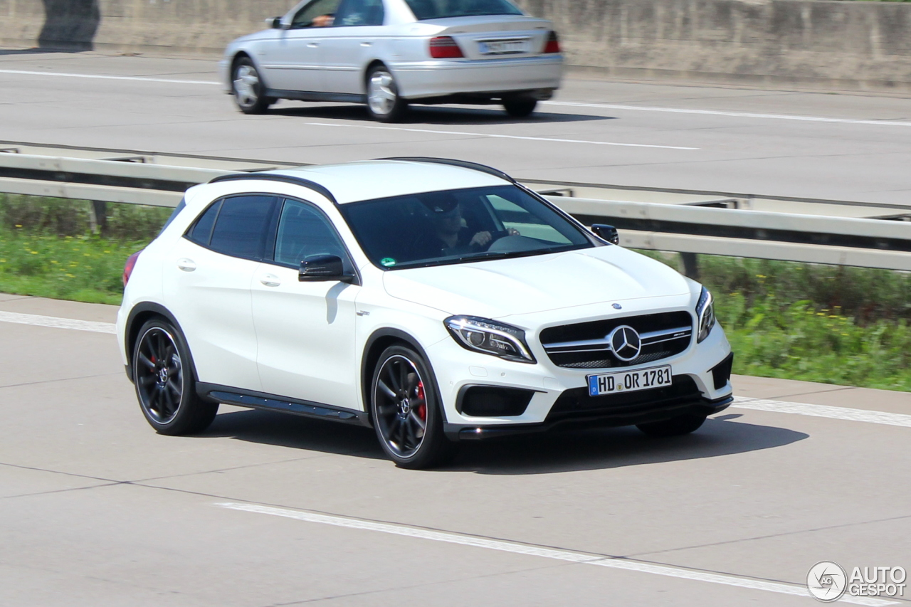 Mercedes benz gla 45 amg x156 3 august 2014 autogespot for Mercedes benz gla 45 amg