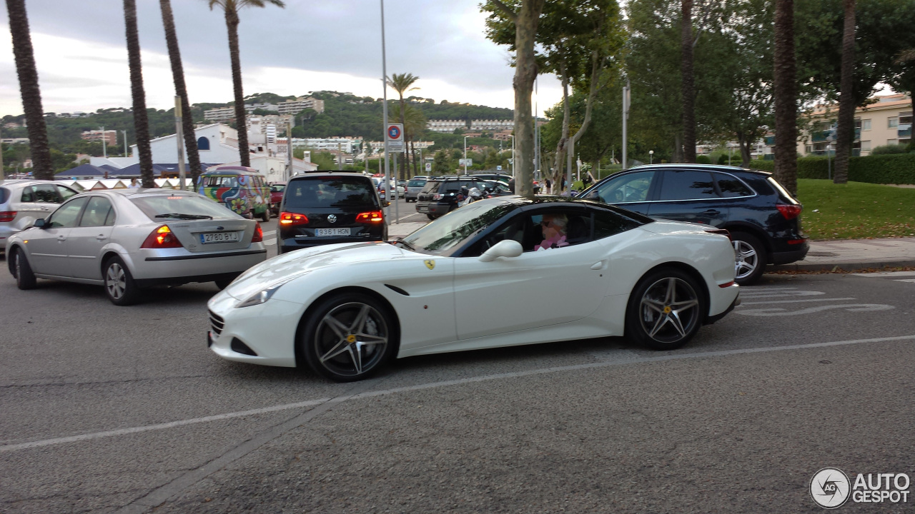 ferrari california t 5 ao t 2014 autogespot. Black Bedroom Furniture Sets. Home Design Ideas