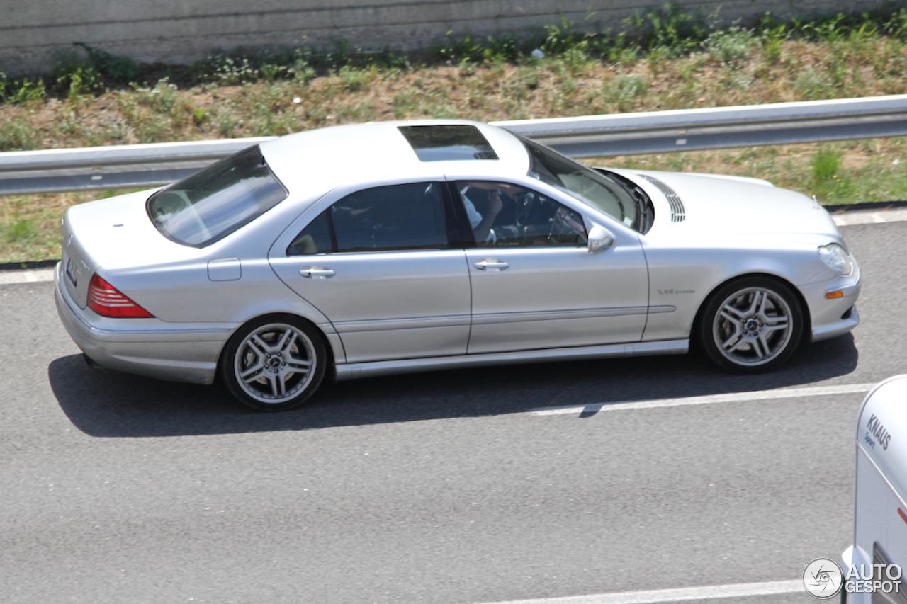 Mercedes Benz S 65 AMG W220