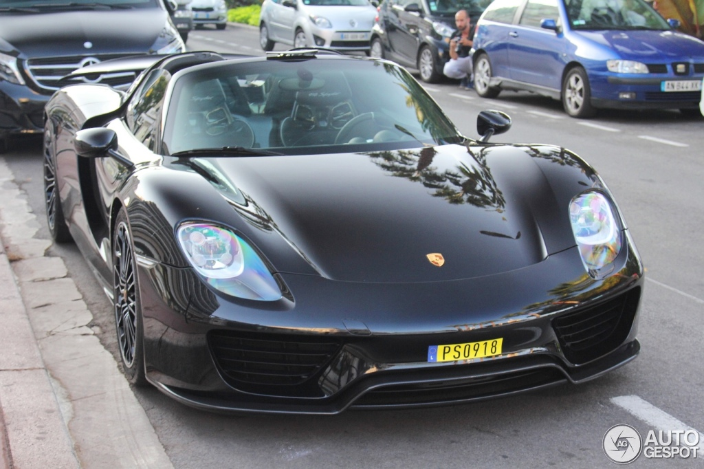 porsche 918 spyder 11 august 2014 autogespot. Black Bedroom Furniture Sets. Home Design Ideas