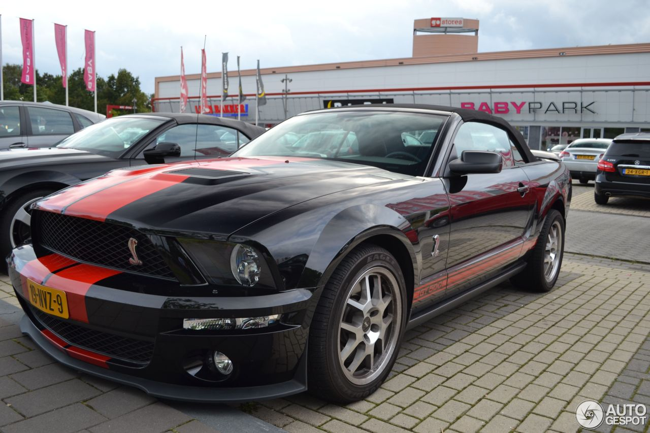 Ford mustang shelby gt500 convertible red stripe limited edition