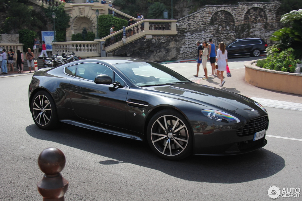 Exotic Car Spots Worldwide Hourly Updated Autogespot Aston - Aston martin vantage s