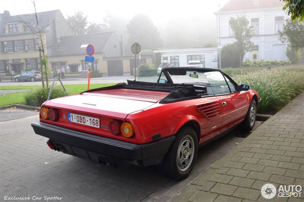 ferrari mondial quattrovalvole cabriolet ferrari mondial. Black Bedroom Furniture Sets. Home Design Ideas