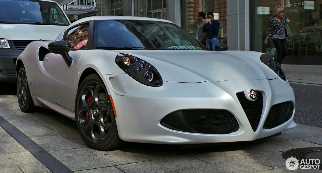 alfa romeo 4c launch edition 21 september 2014 autogespot. Black Bedroom Furniture Sets. Home Design Ideas