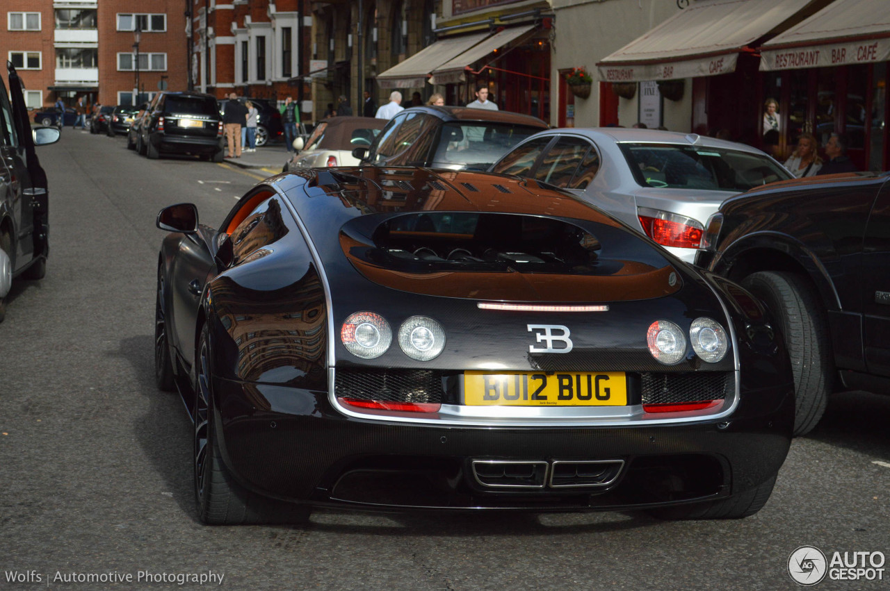 bugatti veyron 16 4 super sport sang noir 30 october 2014 autogespot. Black Bedroom Furniture Sets. Home Design Ideas