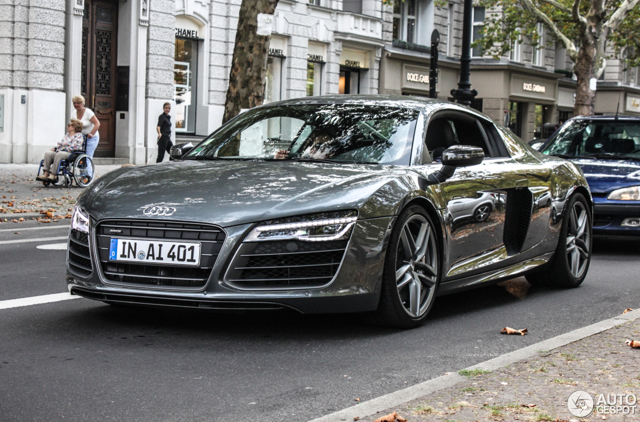 audi r8 v10 plus 2013 18 november 2014 autogespot. Black Bedroom Furniture Sets. Home Design Ideas