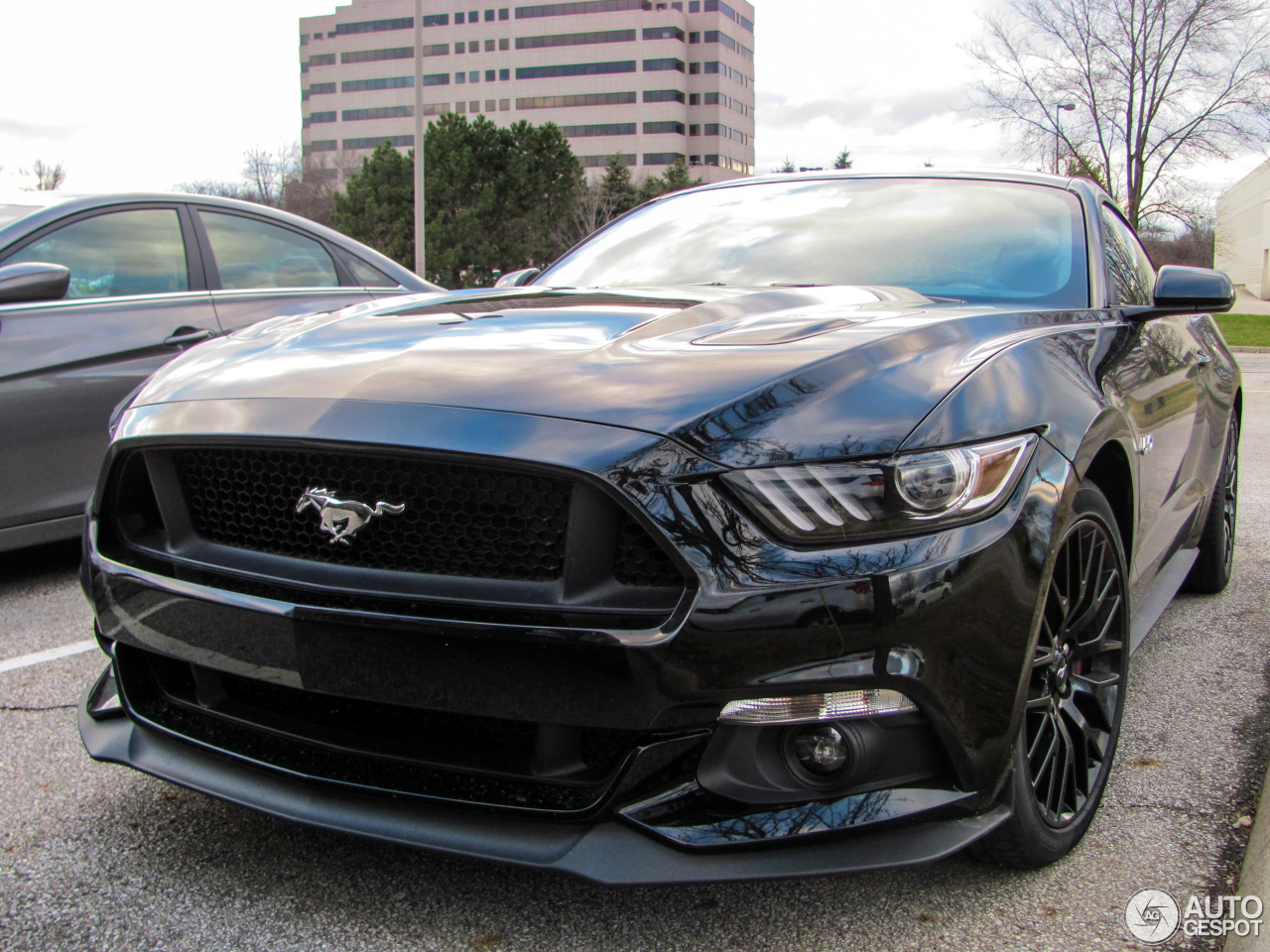 ford mustang gt 2015 26 november 2014 autogespot. Black Bedroom Furniture Sets. Home Design Ideas