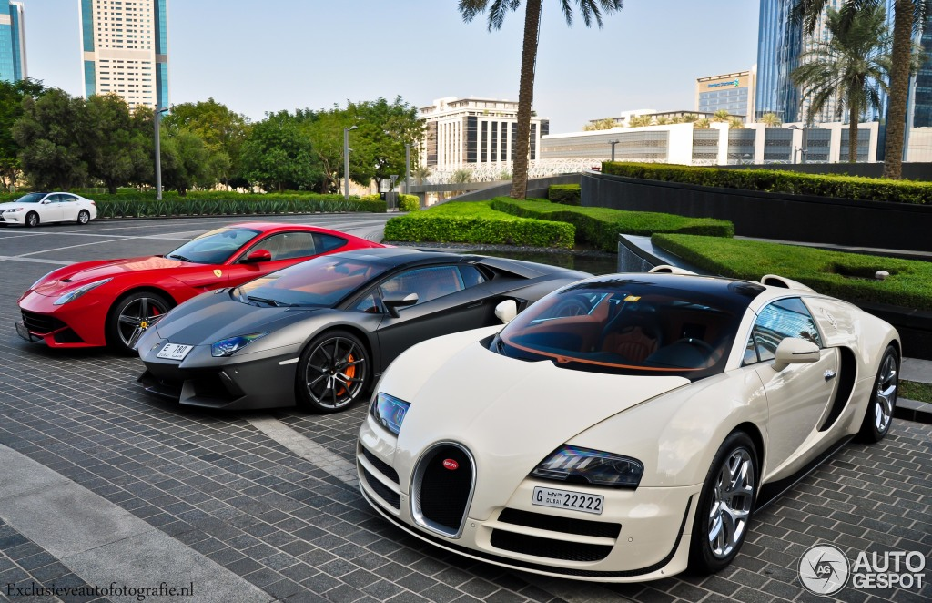 bugatti veyron 16 4 grand sport vitesse 8 december 2014. Black Bedroom Furniture Sets. Home Design Ideas