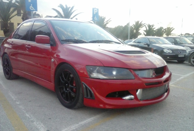 Mitsubishi Lancer Evolution VIII ACE Motorsport